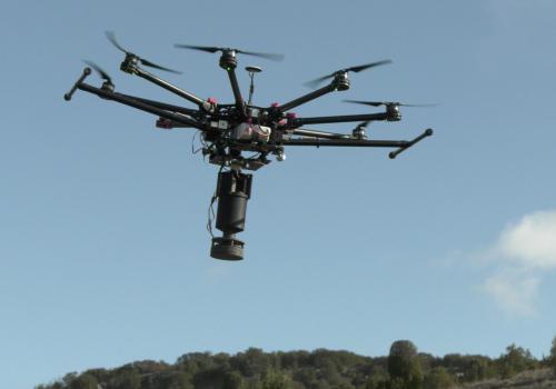 YDRAY-Drone-volando